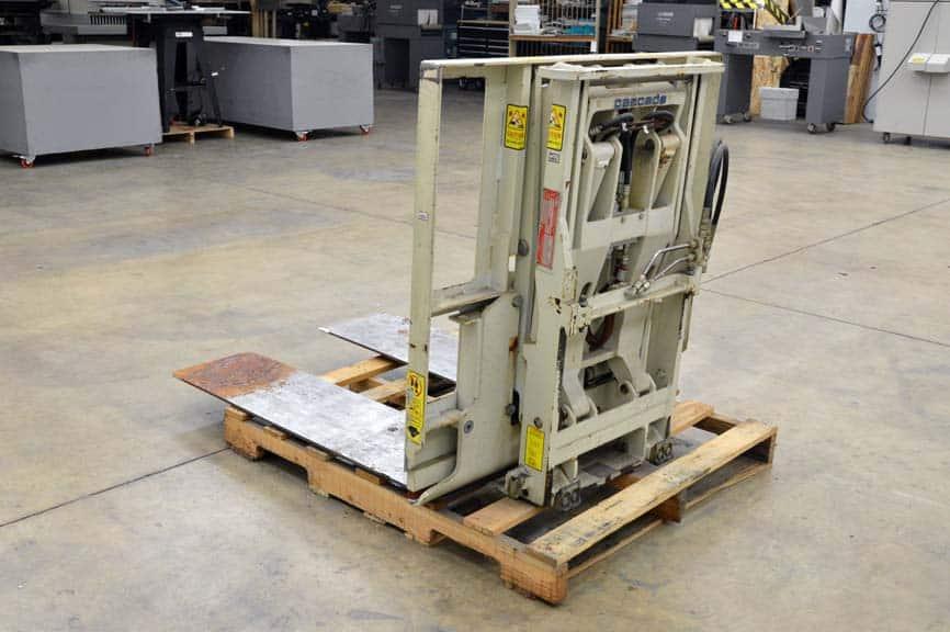 Cascade Slip Sheeter Fork Truck Attachment 3500 Lbs At 24