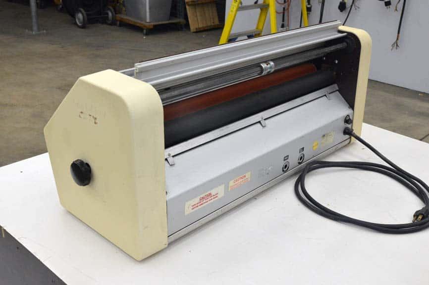 Gbc Table Top Laminator Boggs Equipment
