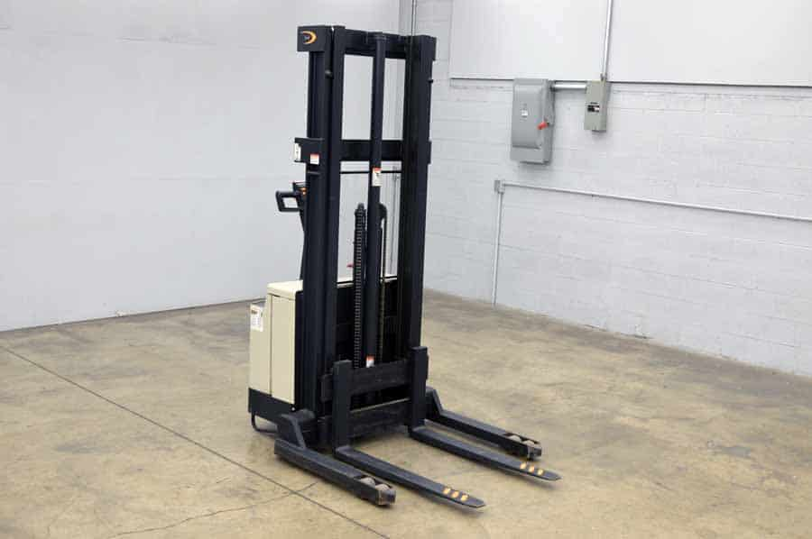 Crown Ws Electric Fork Lift W General Series Battery