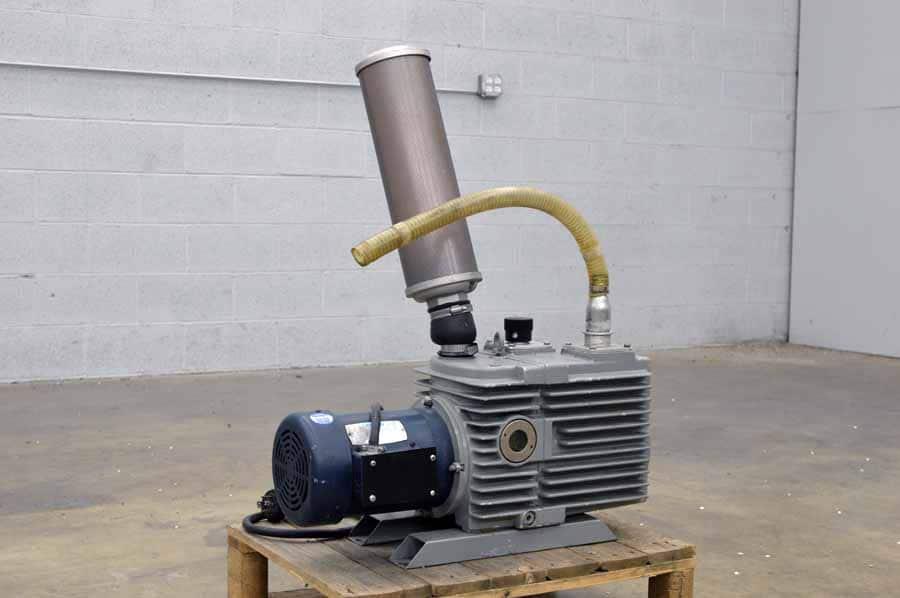 Trivac D30A Vacuum Pump