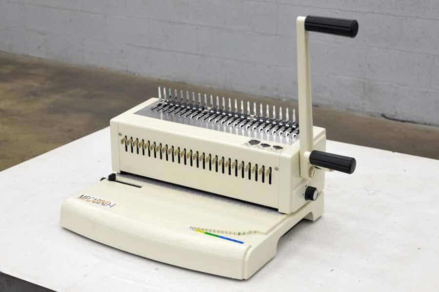 Akiles Megabind 1 Plastic Comb Binding Machine