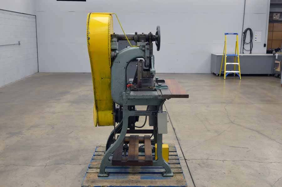 Parry Style B Double Wrap Paper Mitering Machine