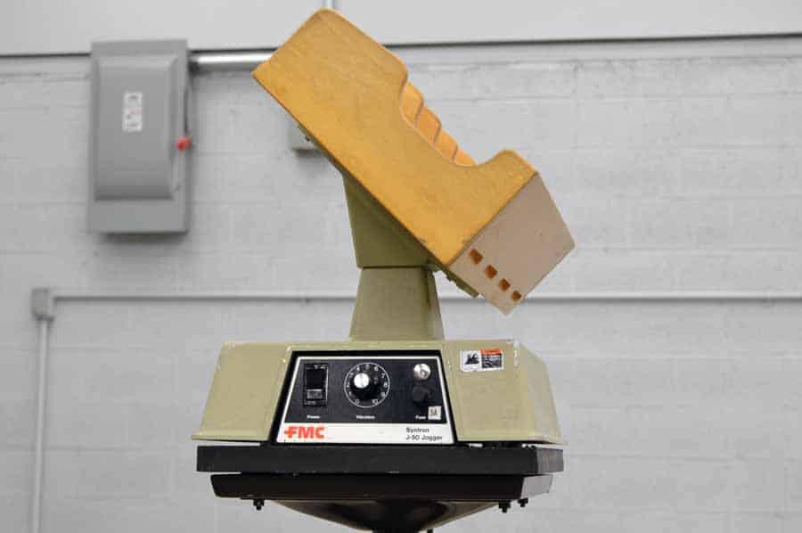 FMC J-50-B Four Pocket Tilt Rack Paper Jogger with Mobile Stand