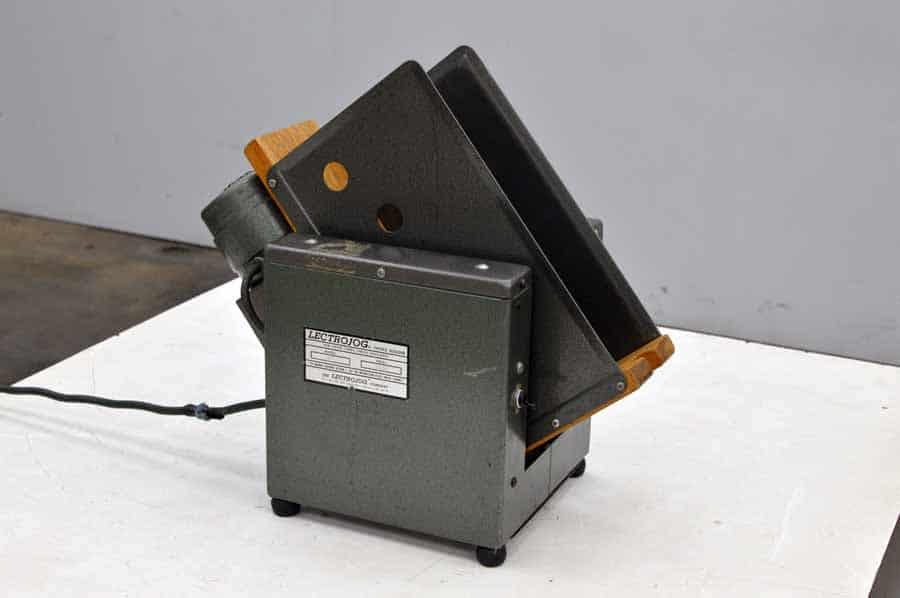 LectroJog 665 Tabletop Paper Jogger