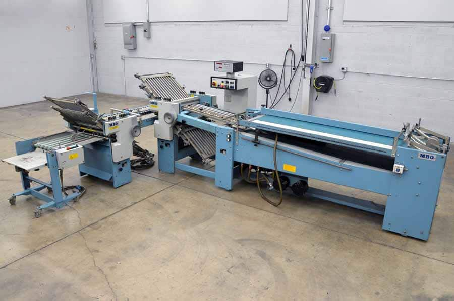 1995 MBO B123-C Continuous Feed Paper Folder 4/4 Roll-Away Stacking Unit