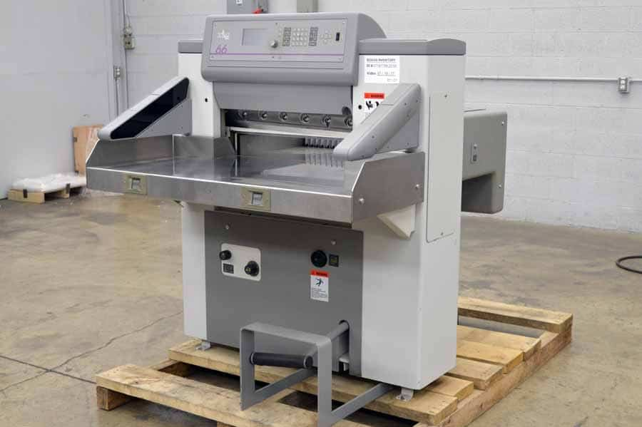 """1998 Polar 66 26"""" Paper Cutter"""