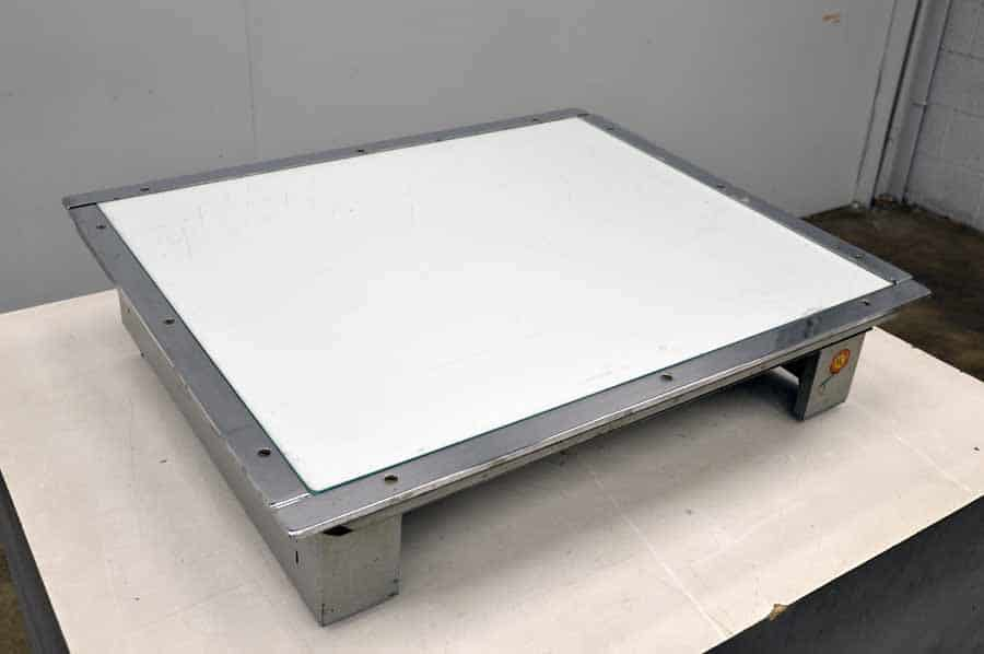 NuArc VLT23T Light Table
