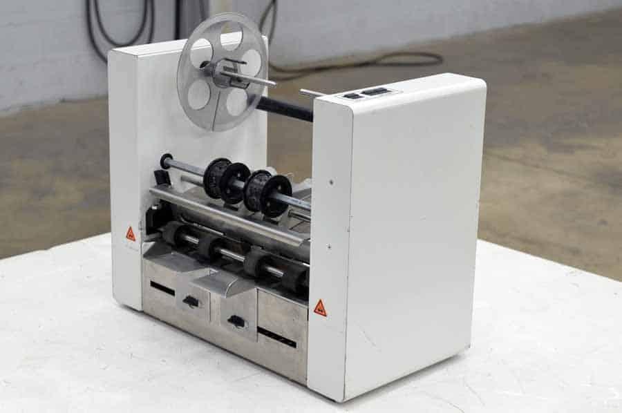 Rena UT361 In -Line Tabbing System