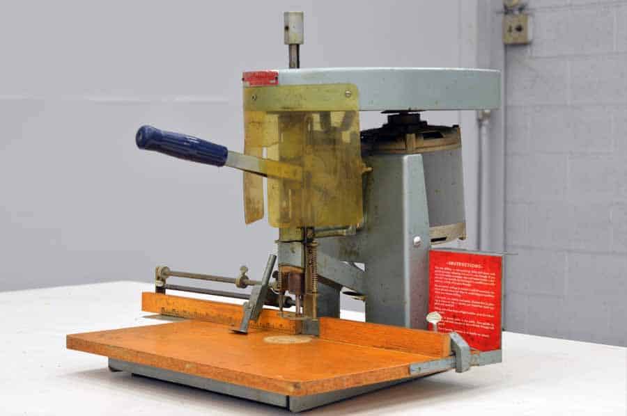 Spinnit Single Hole Table Top Paper Drill