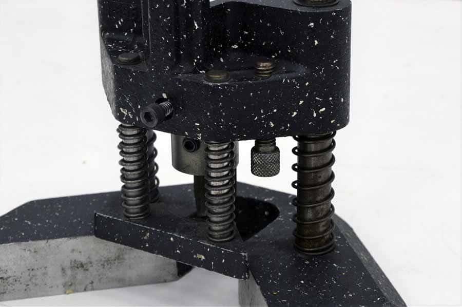 Challenge RH Single Head Paper Drill with Corner Rounding Attachment