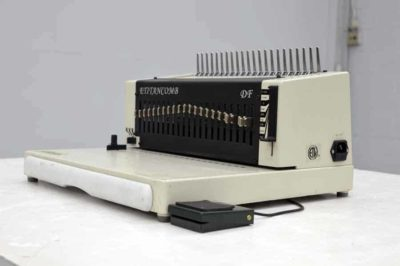 E Titan Comb Heavy Duty Electric Comb Binding Machine