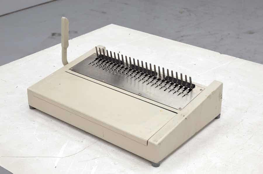 Manual Comb Binding Machine