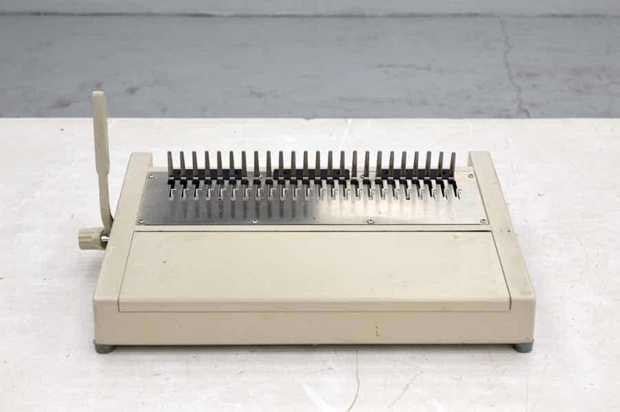 Manual Comb Binding Machine
