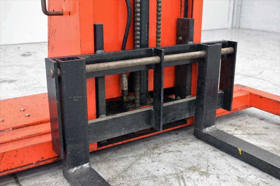Presto PS262-50 Power Lift Straddle Stacker