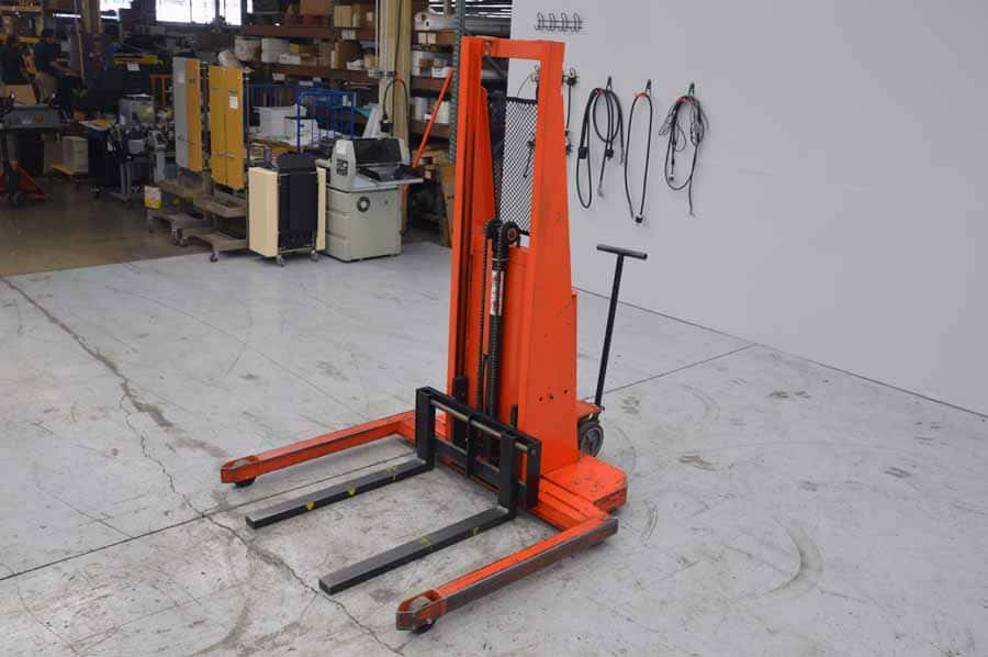 Presto Ps262 50 Power Lift Straddle Stacker Boggs Equipment