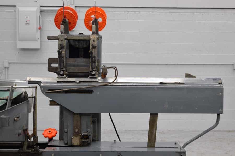 Rosback 202 Two Head Stitching Machine