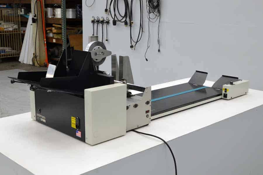 Datatech 1020 Tabbing System w/ Accufast FX Feeder and Accufast 3FV Powered Conveyor