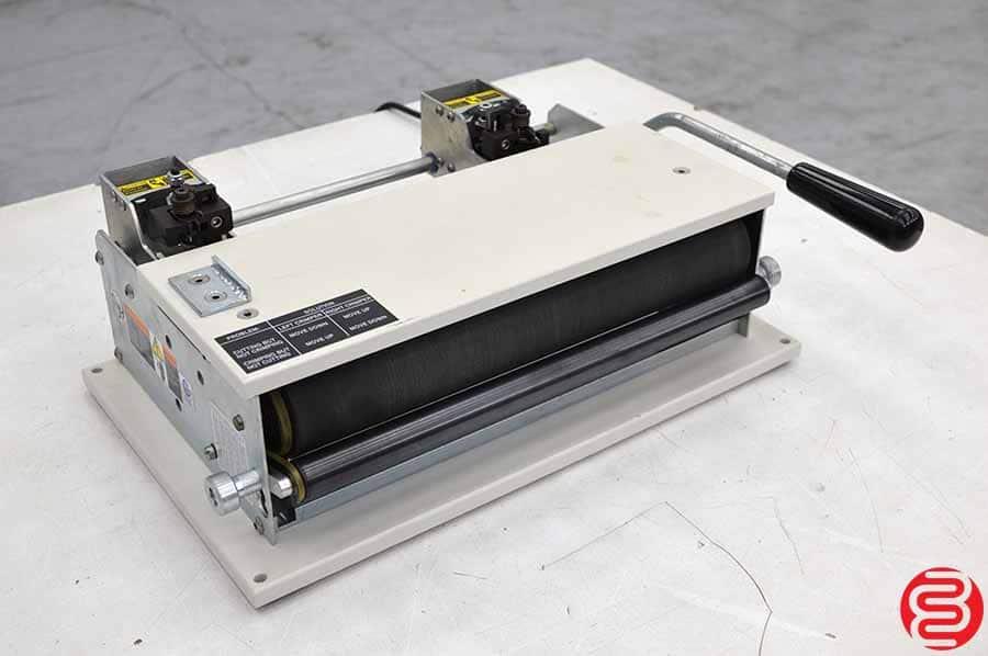 GBC CI-12 Electric Coil Inserter w/ Cut and Crimp Knives