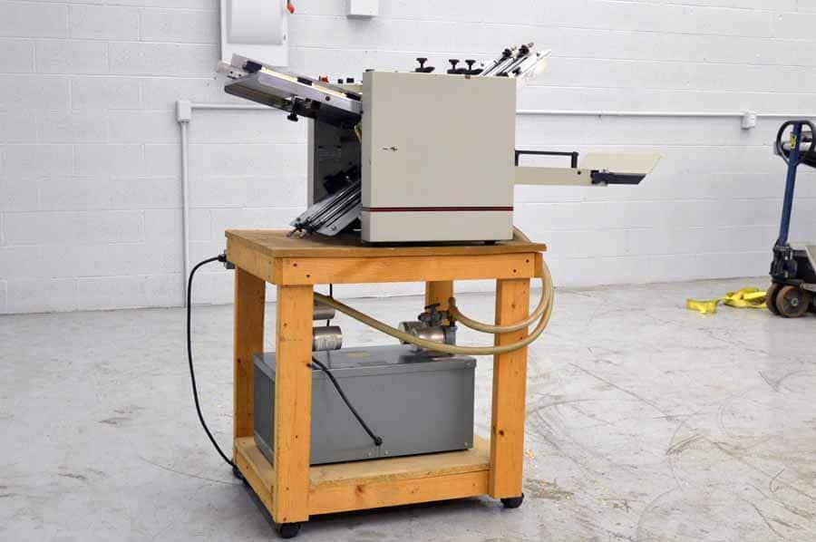 Multigraphics 142A Vacuum Fed 14 x 20 Paper Folder