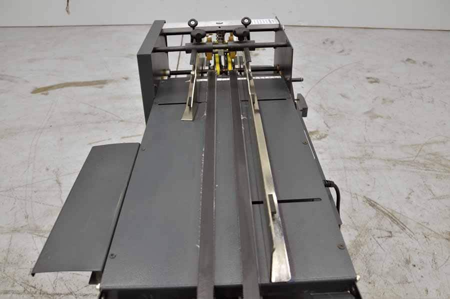 Suspension Strate Flo Envelope Feeder