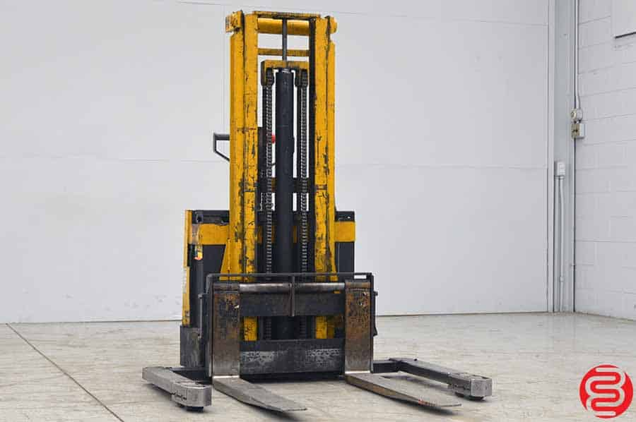 Hyster W30aa 3000 Lb Lift Truck Straddle Stacker Boggs
