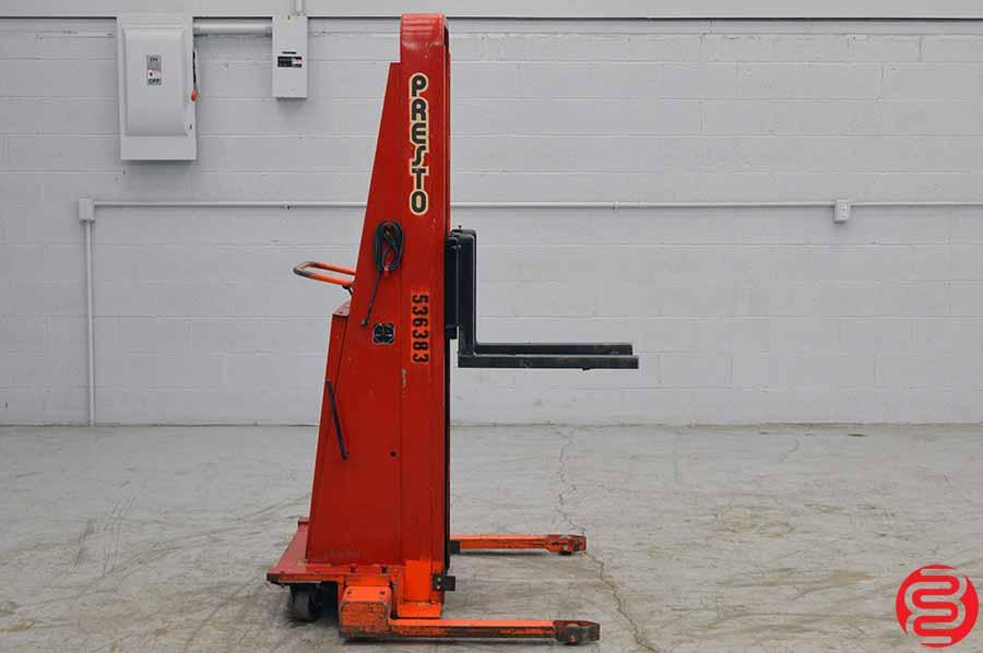 Presto BA862 1000 LB Straddle Stacker