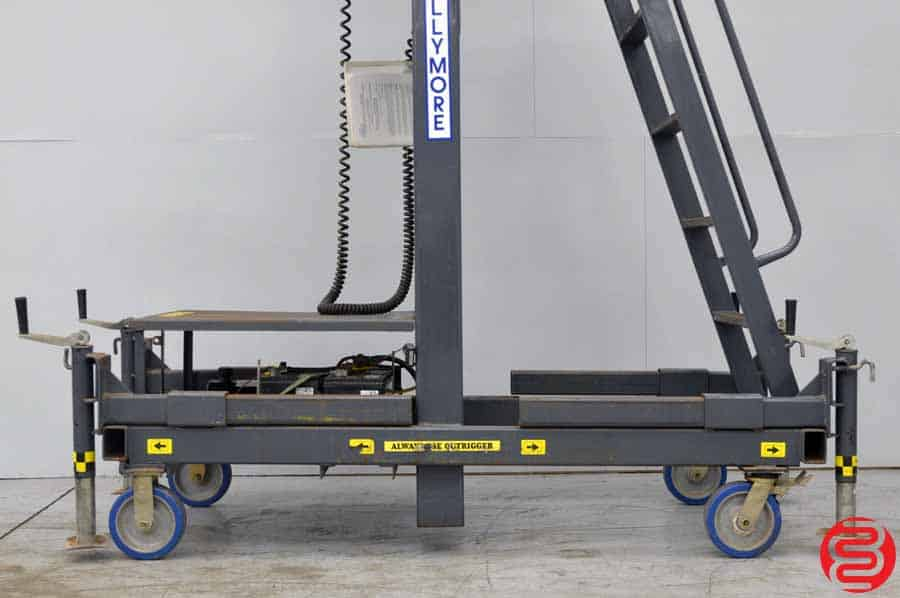 Ballymore MR-20-DC 25' Telescoping Hydraulic Personnel Lift