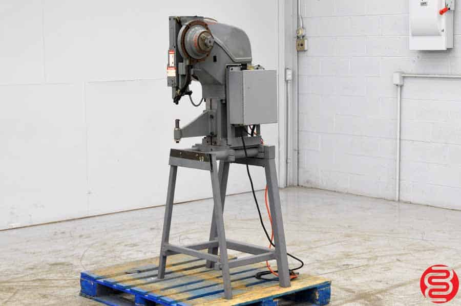National Rivet Single Head Pneumatic Riveting Machine