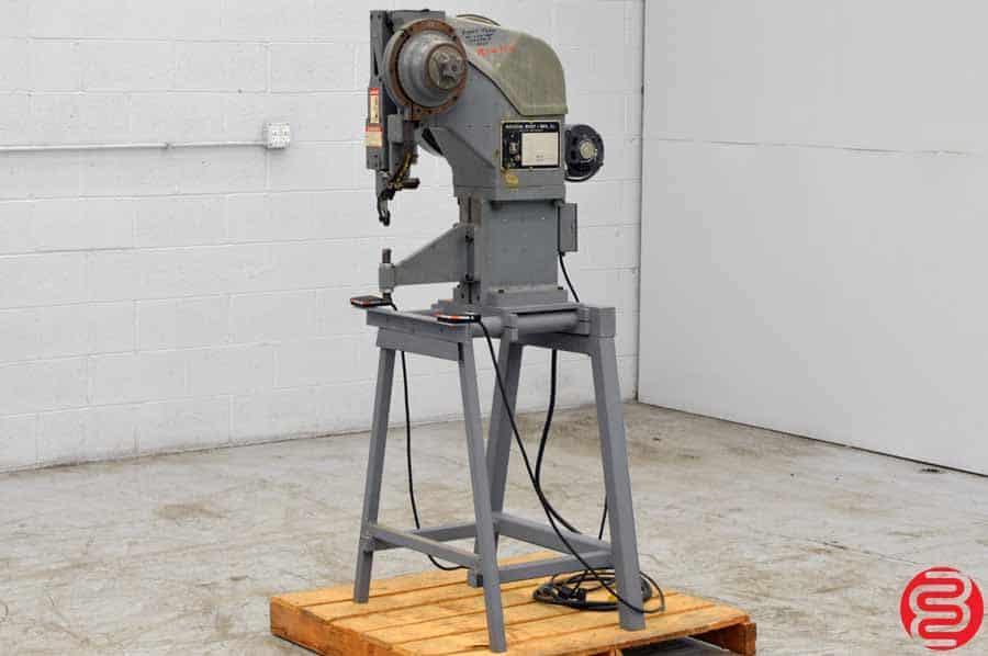 National Rivet Single Head Pneumatic Riveting Machine