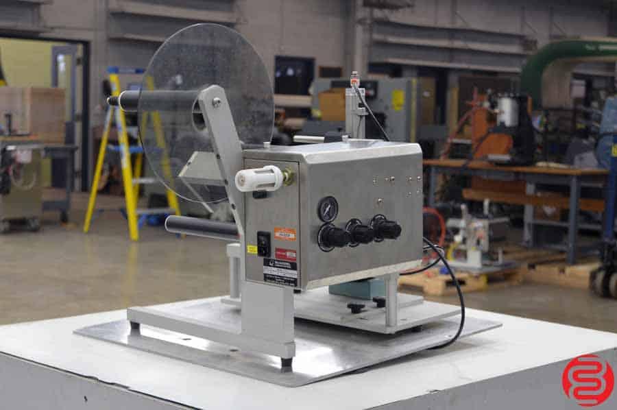 Quadrel TL2 Semi-Automatic Labeling Machine