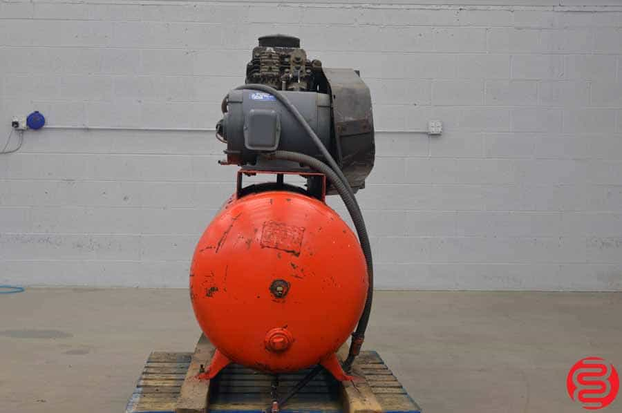 DeVIBISS VAV-5060 15 HP Air Compressor