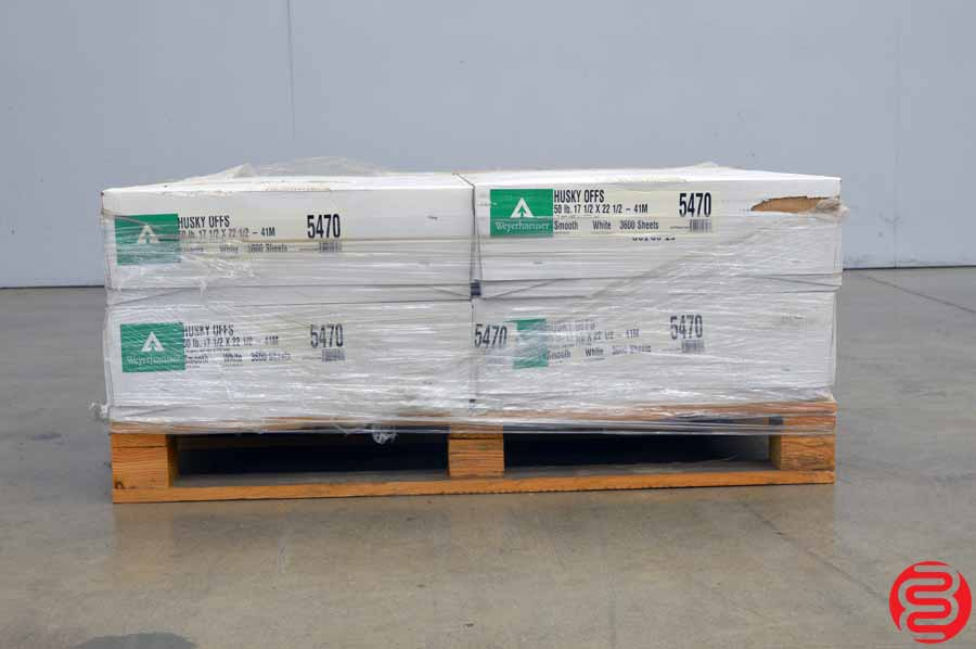 Weyerhaeuser Husky Offset Smooth White 50 lb 17 1/2 x 22 1/2 Paper - Qty 4 Cases