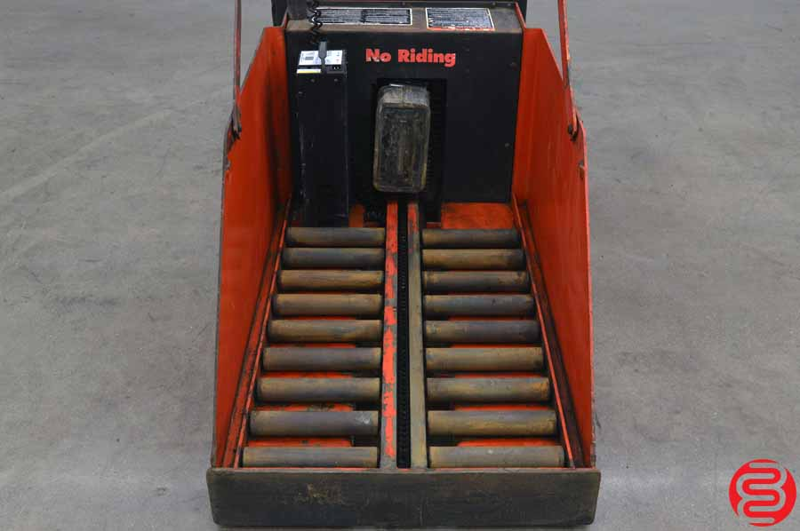 Raymond 24 Volt Tugger Battery Changer