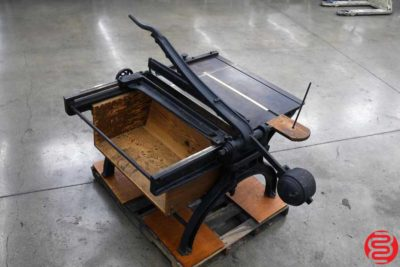 John Jacques and Son Counter Weight Paper Cutter - 082719125555