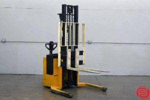 Yale E Series Fork Lift Order Picker - 092419094747