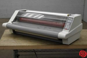 GBC Heat Seal Ultima 65 Roll Laminator - 102319082602