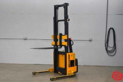 1999 SW 20-130 2000 lb Straddle Stacker - 120219035627