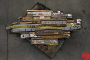 Assorted Paper Cutter Knives - 120419074150