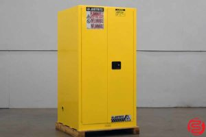 Justrite Sure-Grip EX Flammable Liquid Storrage Cabinet - 011020014025