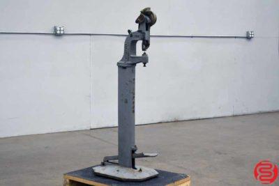 Stimpson 489 Grommet Machine - 020320024340