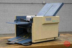 Duplo DF-520N Automatic Paper Folding Machine - 011921035110